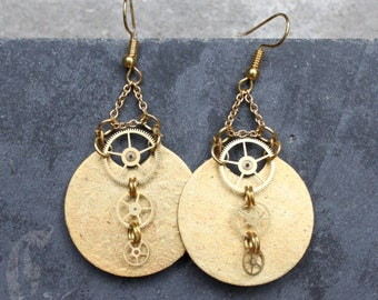 Steampunk Earrings with Brass Cogs, Big Statement earrings with Gold Round Circle, Big brass Golden Earrings, Steampunk Jewelry