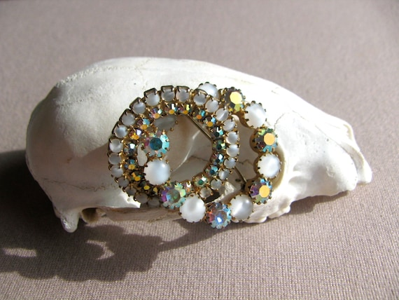 Vintage Brooch, Rhinestone Brooch, Rainbow Jewelr… - image 4