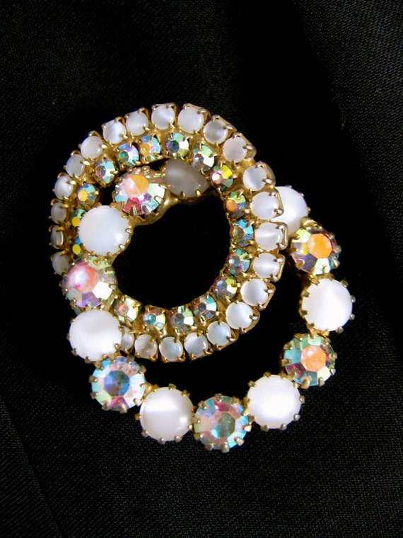 Vintage Brooch, Rhinestone Brooch, Rainbow Jewelry