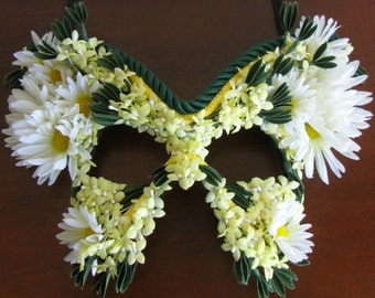 Masquerade Mask,  Daisies, Butterfly Mask, Garden Party - Dionysus