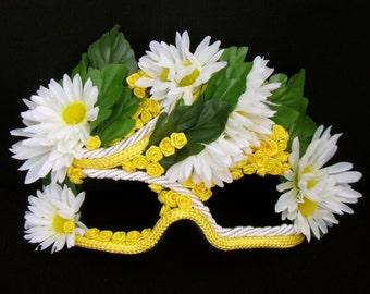 Masquerade Mask, Daisies, Yellow Roses, Garden Party - Field Fairy