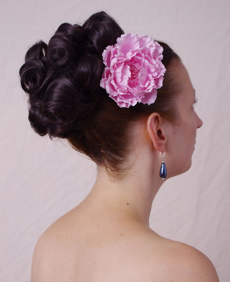 1940s Hair Accessories- Flowers, Snoods, Clips, Wigs, Bandannas Gina - huge round curly hair bun in 1960s style - very suitable for formal wear or wedding $46.54 AT vintagedancer.com