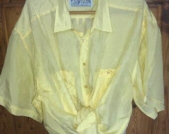 8a35a010d14f7 Vintage 90s Silk Shirt Pale Yellow L   XL Oversized Short Sleeves