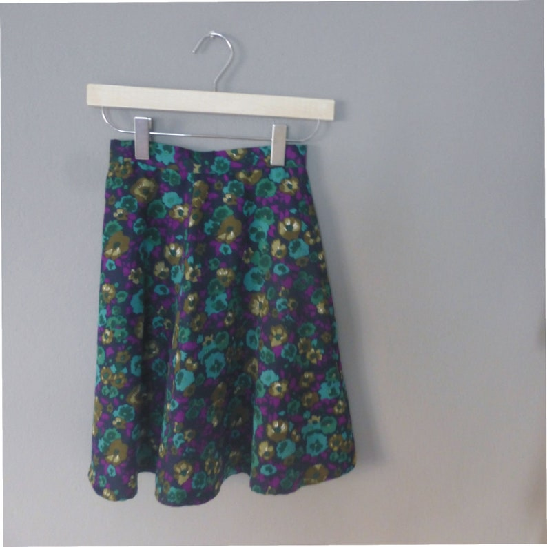 Blue hippie long skirt with multicolor flowers in A line fully lined 70s girl/'s skirt 8-9 years old In a very good vintage condition.