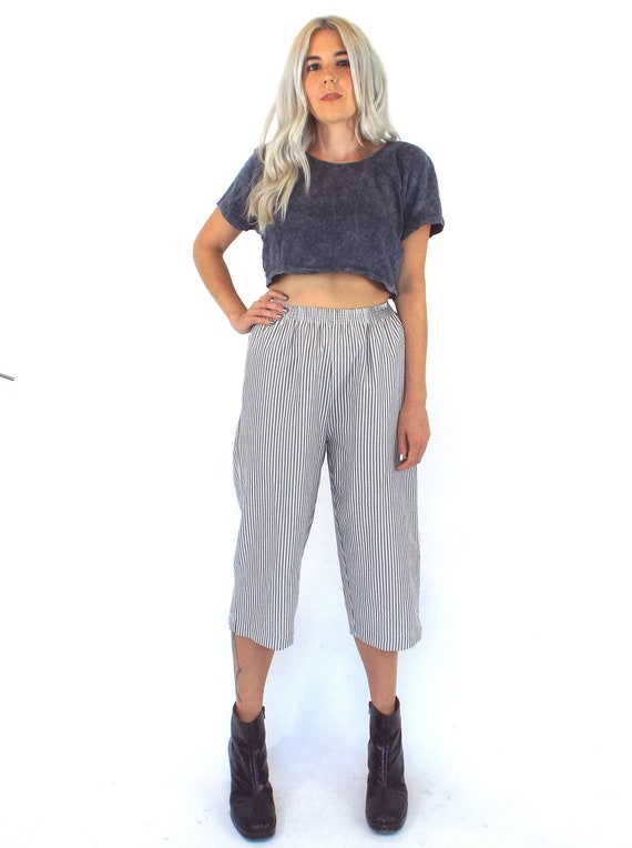 Vintage 80s Grey and White High-Waist Seersucker G