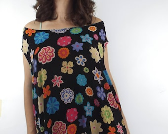 Vintage 90s Stretchy Oversized Floral Print Tee