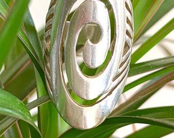 Vintage ((Spiral)) Sterling ring