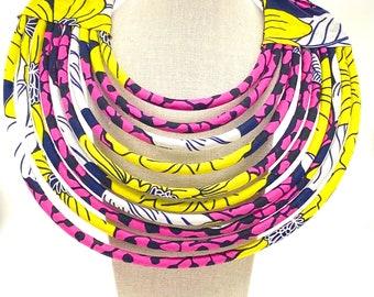 Handmade Kenyan bib necklace