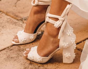 Ladies pearl shoes, beaded pearl shoes, wedding shoes, block heel bridal shoes, pearl wedding shoe, pearl peep toe heels. Melody High Heels.