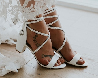 fc525a1a48505 Ladies low heel wedding shoes