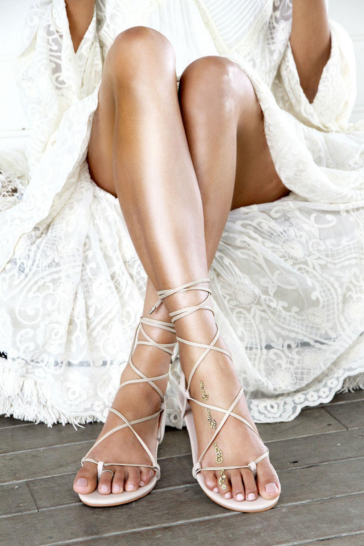 Ladies nude flat sandal gladiator sandal nude leather