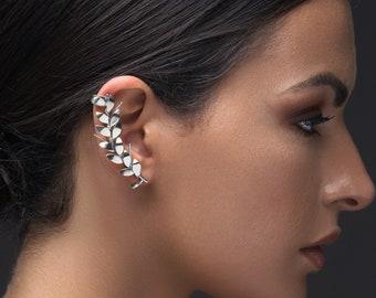 Elf ear cuff no piercing, statement jewelry, earcuff earring non pierced, ear climber earring, statement earring, silver ear cuff, earcuff