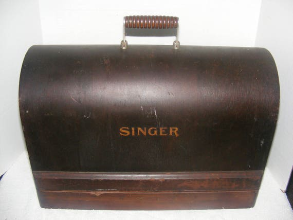 Antique Singer Bentwood Machine Case Portable Sewing Machine Etsy Fascinating Sewing Machine Case