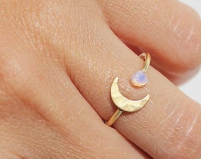 Moon Opal Ring, Valentine Gift, Best Friend Gift, Boho Rings, Moonstone Ring, Opal Midi Ring,Opal, Gold Rings, Moon Ring,Valentines Day Gift
