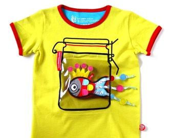 T-shirt jar + fish toy