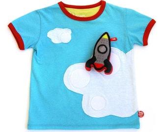 T-shirt Cloud surfing + rocket t-shirt.