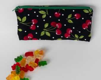 Snack Bags / reusable / water resistant / Zippered / eco-friendly / gifts
