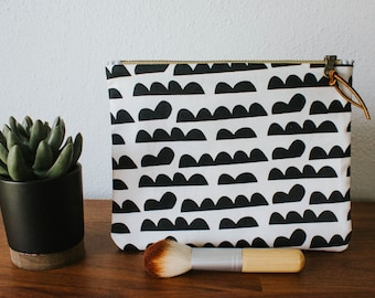 Black & White Patterned Makeup Bag