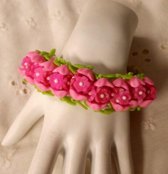 Vintage 1960s pink plastic flower stretch bracelet hong kong etsy image 0 mightylinksfo
