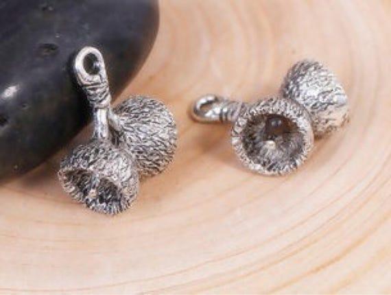 16 Acorn charms antique silver tone L169