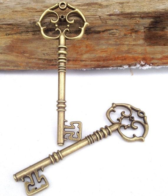 """Skeleton Keys Steampunk Bronze Brass  2-3//8/"""" Keys Jewelry Art Craft Lot of 2"""