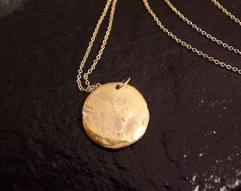 Old World Egyptian Gold Disc Pendant Necklace
