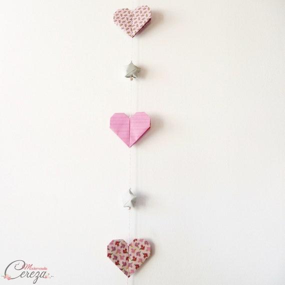 Guirlande pour décoration murale chambre bébé Déco bébé fille rose gris  coeur étoile personnalisable,cadeau naissance personnalisé