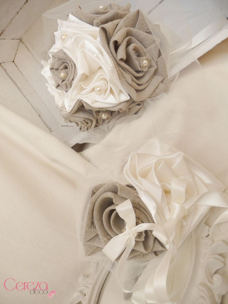 Wedding country chic beige satin linen bridal bouquet ivory Manon country chic wedding accessory burlap wedding flowers