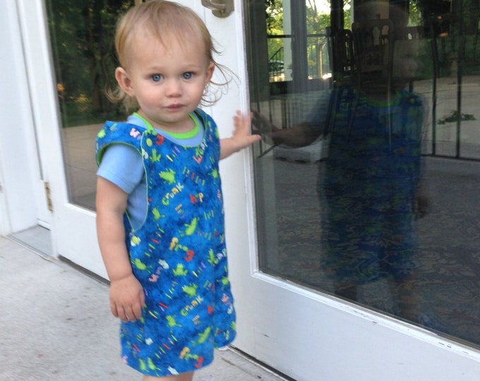 Short Overalls for Infants and toddlers in Blue, Green or Yellow froggin fabric newborn, 3m, 6m, 9m, 12m 1T 2T