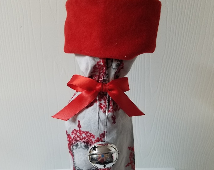 Ready to ship Red or Green and Silver snowflake Christmas wine bottle gift bag at least  20 available
