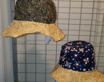 Reversbile bucket Hat Patriotic pinwheels and Hearts with gold brim