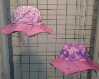 Reversible pink and white Lattice and lavender butterflies with pink brim