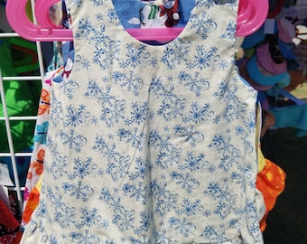 Reversible Christmas winter Dress Size 3T Snowman and Snowflakes with ruffle