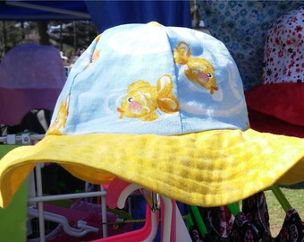 Reversbile Sun Hat Goldfish and butterfly with yellow brim