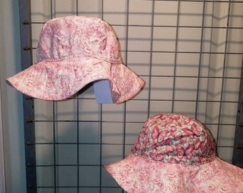 Reversible Sun Hat with pink butterflies and light rose print and matching brim
