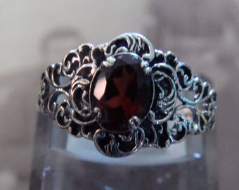 Lovely Sterling Silver Filigree Garnet Ring  Size 7 Victorian design