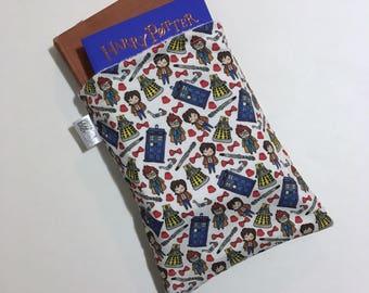 Doctor Who book sleeve - TARDIS book sleeve - travel book sleeve - book accessory - book protector - book case