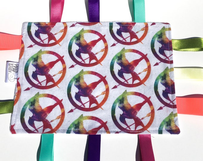 READY TO SHIP Hunger Games baby blanket - Mockingjay baby taggie blanket - Hunger Games lovey blanket - bookworm baby gift