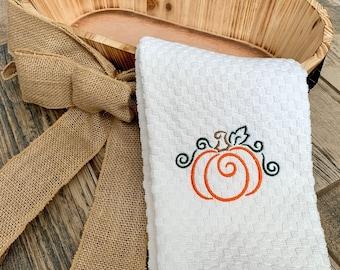 Pumpkin Kitchen Towel - Thanksgiving Hand Towel - Pumpkin Hand Towel - Fall Decor Towel - Holiday Towel - Bathroom Decor - Holiday Decor