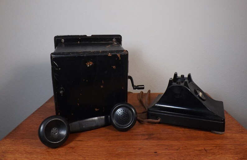 Telephone with Hand Crank Magneto ~ Desk Phone ~ Bell System by Western Electric F1 ~1930s ~ Vintage Technology