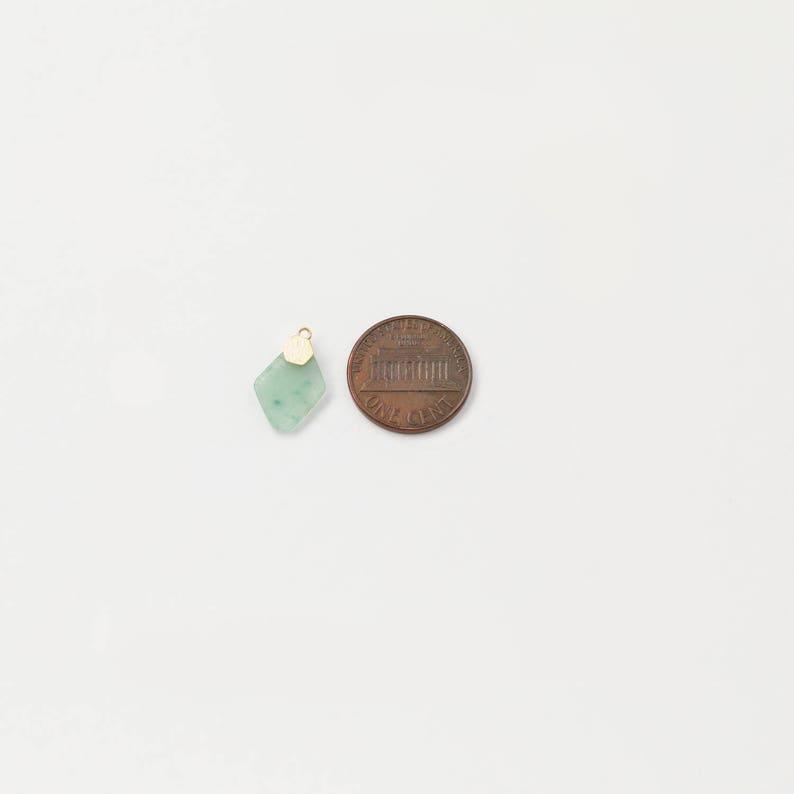 1094032  Howlite  Rhodium Plated Brass Framed Natural Stone Pendant  11.2mm x 16.7mm  0.7g  2pcs