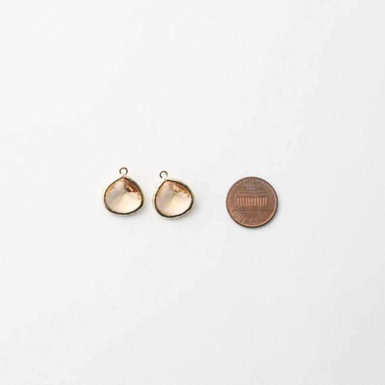 1003251  Light Peach  16k Gold Plated Brass Framed Glass Pendant 15mm x 18mm  1.7g  2pcs