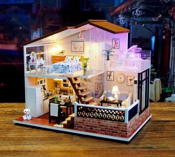 Kit de miniatura bricolaje de madera Artesanía Luces Música Provence Lavanda Casa De Muñecas
