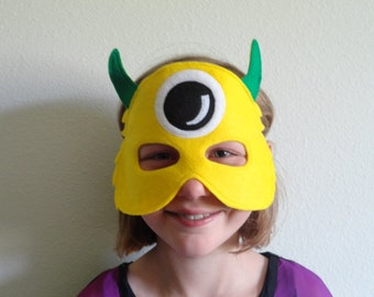 Monster Alien Mask//Free Shipping//Ready to Ship