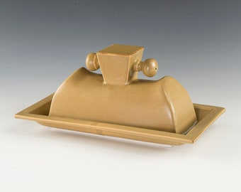 """Butter dish - Little knobs """"Caramel"""" Glaze- Hand crafted from original designs- unique glazes. Butter dishes."""
