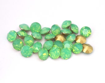Green Opal 39ss / 8mm 1088 Chatons Barton Crystals - Multiple Pack Sizes Available