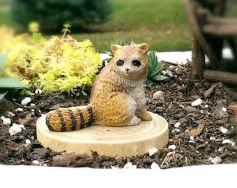 Fairy Garden Animal Raccoon - Miniature Garden Accessory, Terrarium Accessories, Fairy Garden Supply