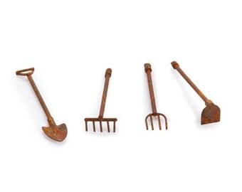 Merveilleux TINY Fairy Garden Tools   Rustic Miniature Tool Set Zen Garden Terrarium  Supplies Dollhouse