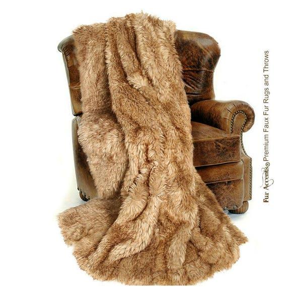 Coyote Fur Accents Plush Faux Fur Throw Blanket Luxury Fur Light Golden Brown Wolf USA Fur Minky Cuddle Fur Lining Bedspread
