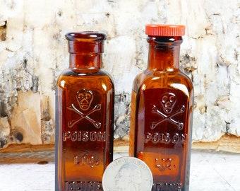 Vintage Skull & Crossbones Poison Tinct. Iodine Amber 2 Bottles
